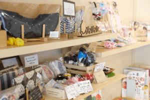カフェカモミール商品棚