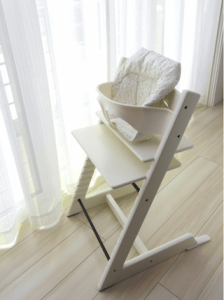 子供の椅子